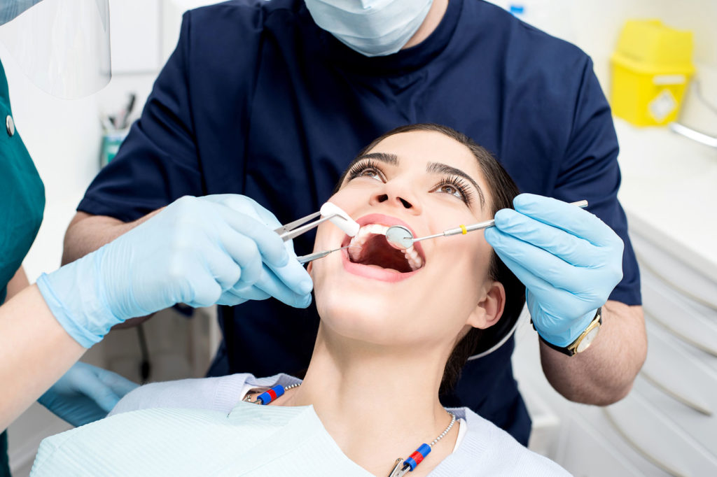 Teeth care in adolescents