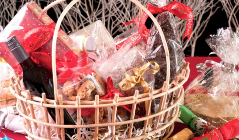 6 Best Christmas Food and Drink Hampers