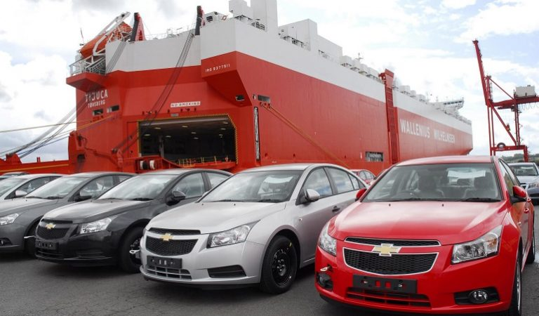 5 Amazing Perks of Hiring an Auto Transport Company For Shipping Car State to State