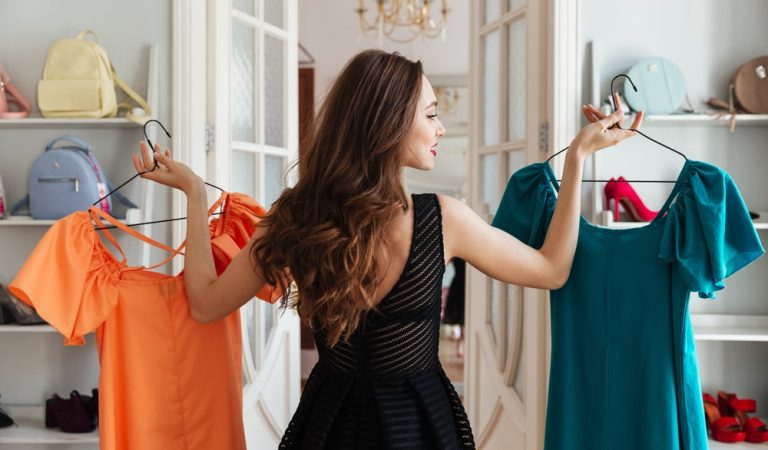 4 Strategies for Buying Clothes: