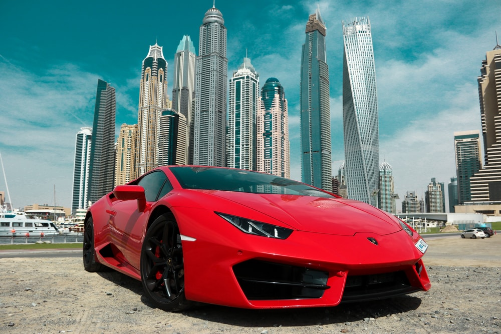 car hire crew in Dubai