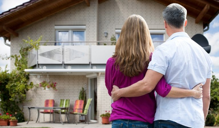 Top 5 Reasons To Avail Professional Mortgage Services For Buying Home