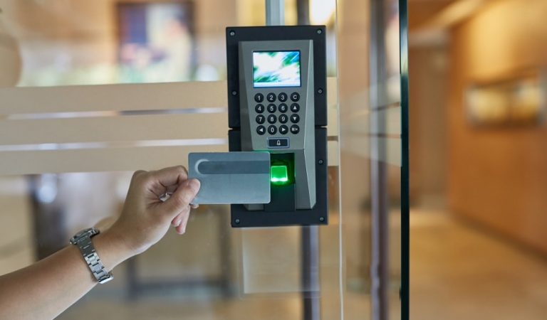 What Door locks Access Control System Offers to Business