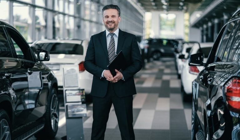 3 Ways LED Parking Lot Lights Will Improve Income at Your Car Dealership