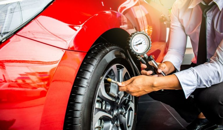 Key Factor How to Use a Vehicle Tire Inflator Easily