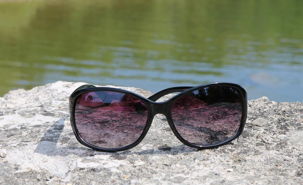 Anti-fog treatment sunglasses