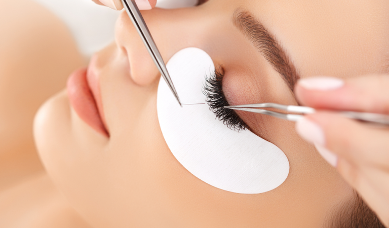 Eyelash Hair Transplant That Will Actually Make Your Life Better