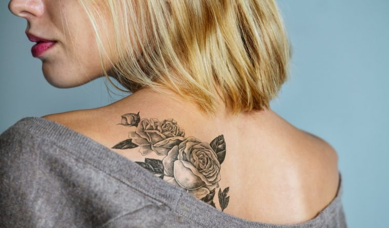 Flower Tattoos Women Can Choose to Enhance their Beauty