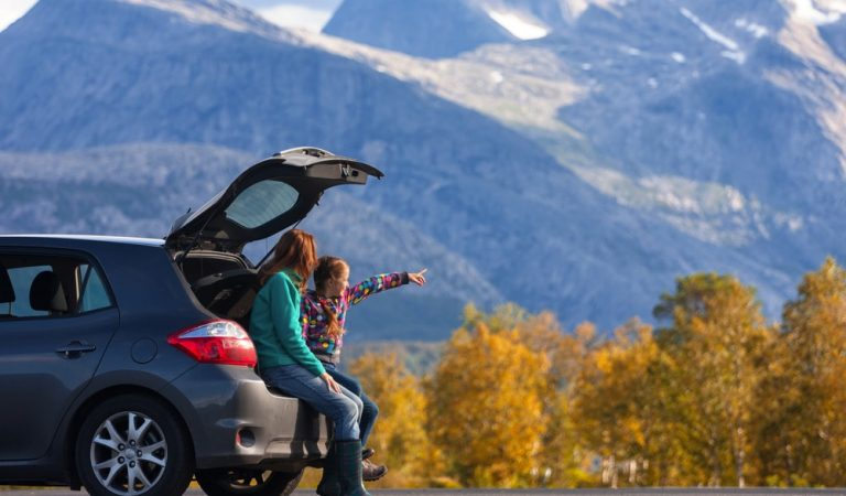 Organize Your Car for a Road Trip: Travel tips