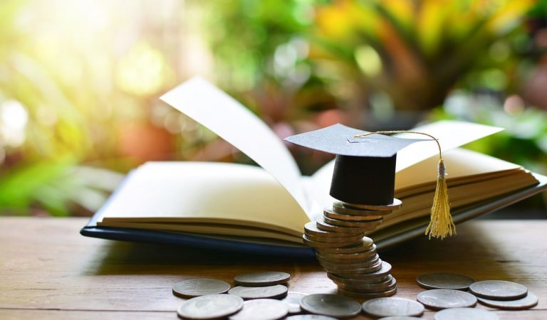 Things You Should Know Before Taking an Education Institution Loan