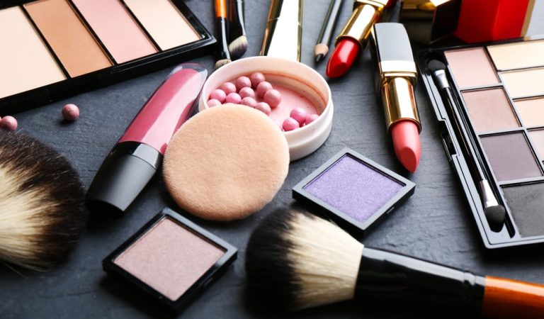Prioritize your Cosmetics with Appeal of Aesthetic Packaging