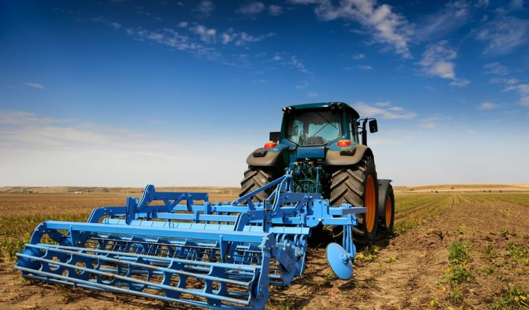 An Overview of Hydraulically Reversible MB Plough – Farmease App
