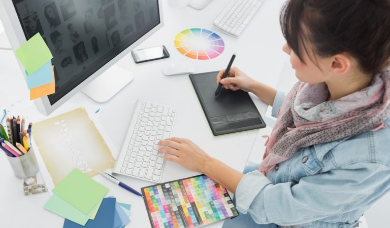 How To Improve Yourself As A Graphic Designer
