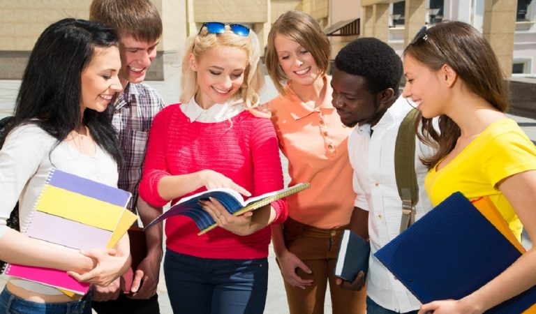 Quality Approved Assignment Help Services to Get Your Grades Up