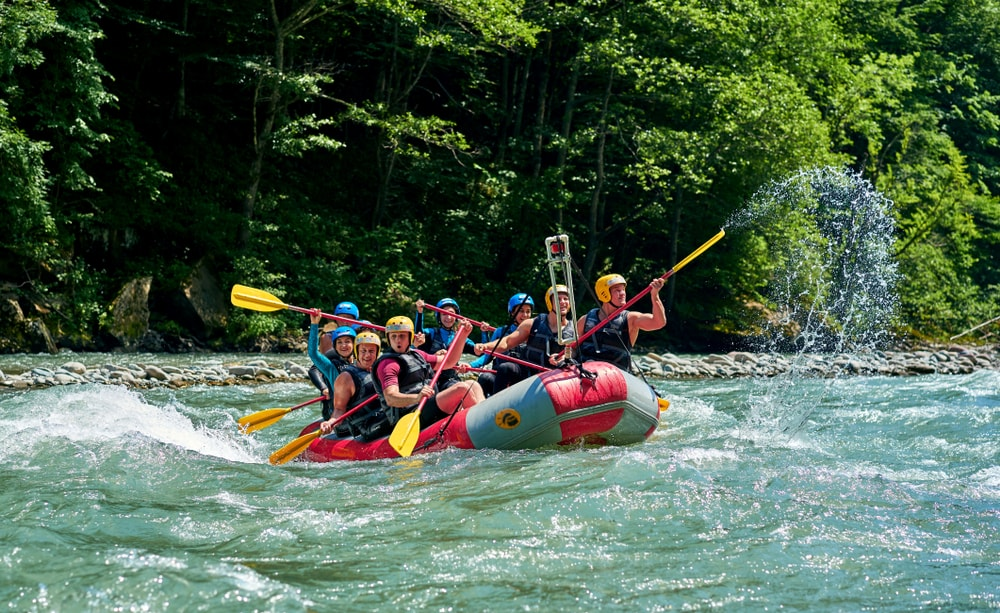 Rafting travel