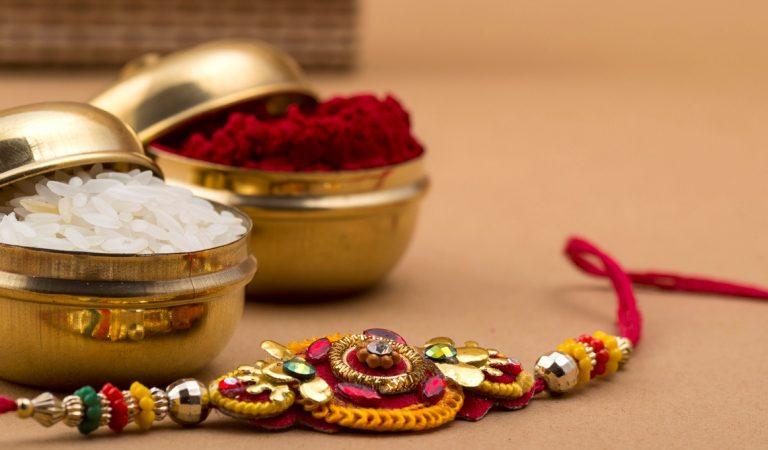 Where Can I Get Cheap Flower Bouquets For Rakhi?