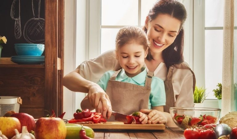 Seven Tips for a Family-Friendly Kitchen