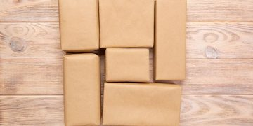 custom package by myboxpackaging