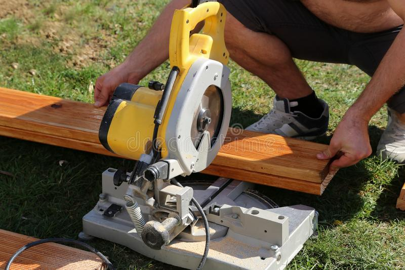 Chop Saw work Purchasing Guide
