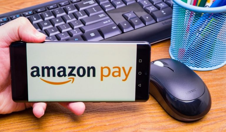 Smart ways to use your Amazon Pay ICICI credit card for a high credit score