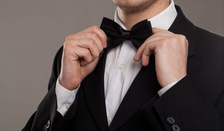 Best Way to Fit YOUR PRE-TIED BOW TIE