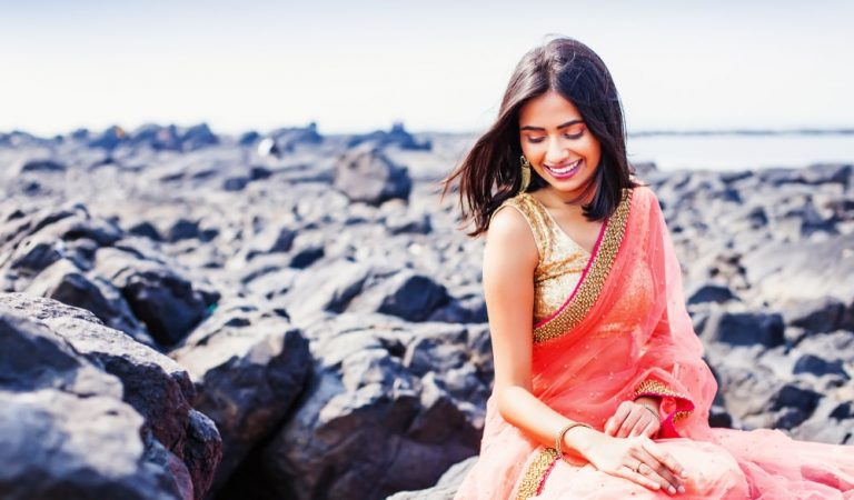 8 Simple and easy tips to look Stylish in Formal Office Wear Sarees