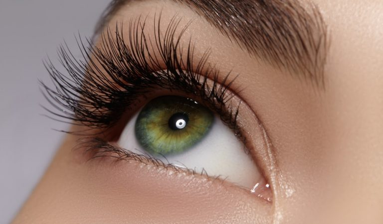 How To Maintain Mink Eyelashes For A Long Period?