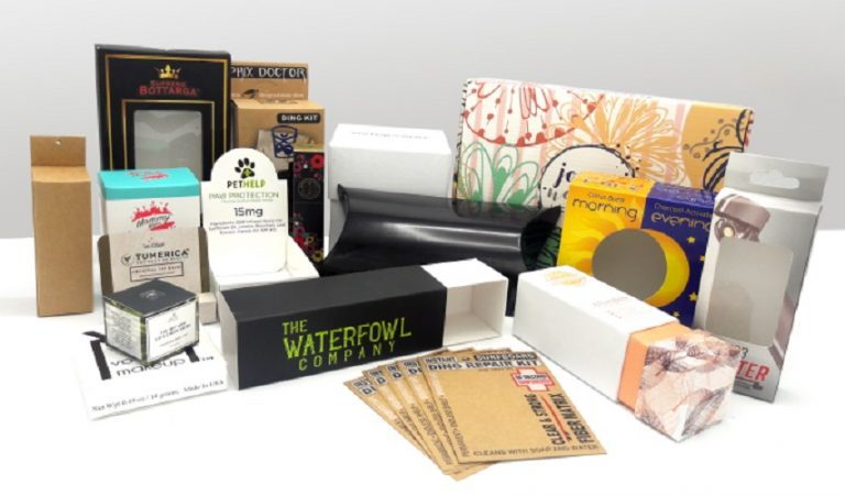 What Features Custom Packaging Boxes for Retail Cosmetic Products Need to Have?