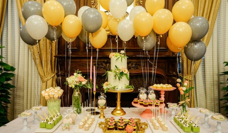 Mylar Foil Balloons Decor: Balloons For Celebrating Birthday Party In A Perfect Way