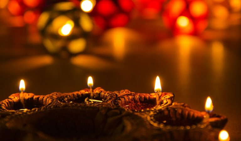 Top Gift Approaches to Commemorate this Diwali Festival with your Friends