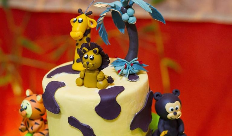 Cake Designs And Themes to go with Each Occasion