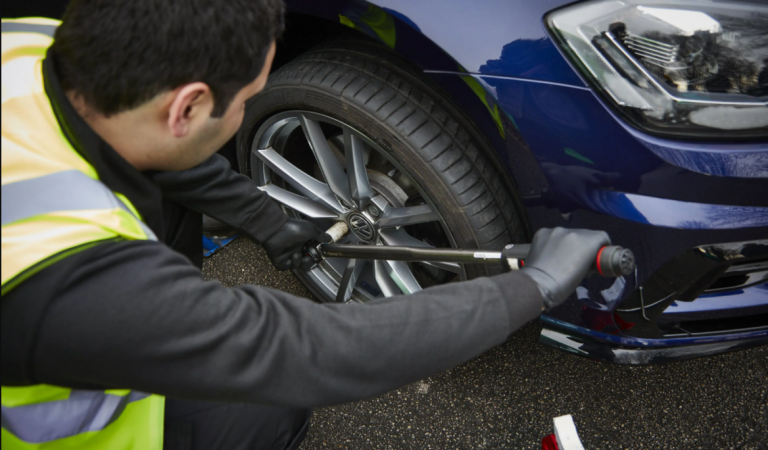 Why Is There a Need to Change the Tyres of Your Automobile Year?