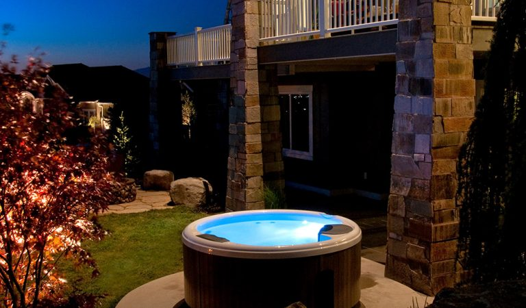What Do You Put a Hot Tub on Outside?